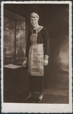 1920s maid